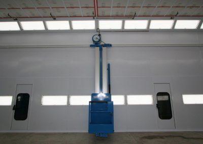Blue Personnel Lift