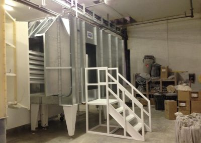Raised Powder Booth with Stairs