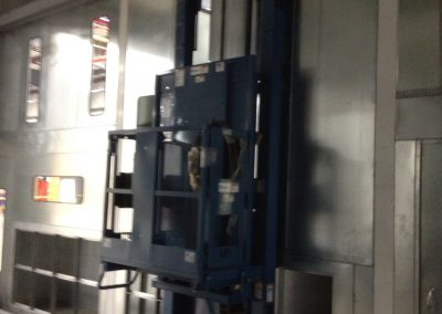 Side Angle Personnel Lift